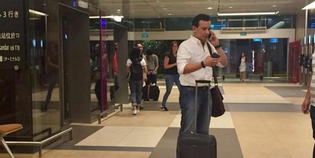 Trillanes flies to Singapor